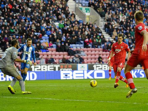 Morgan Schneiderlin puts Saints in front at Wigan
