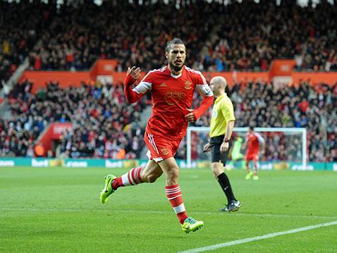 Dani Osvaldo celebrates his spectacular equaliser against Manchester City